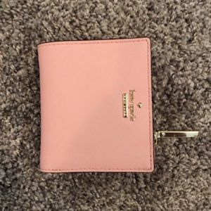 Kate space wallet- excellent condition